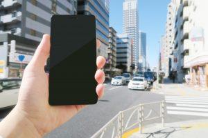 スマートフォンと街歩き